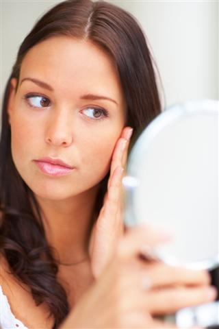 Proper cosmetic laser treatment aftercare
